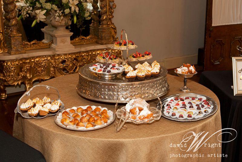 Wolfe gourmet Cakes